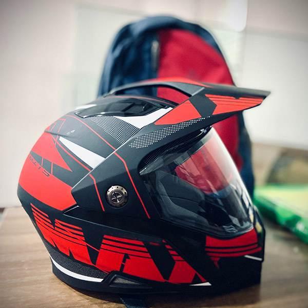 casque de moto Plastique