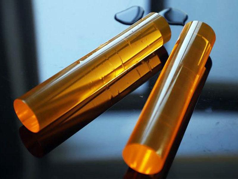 Bâton acrylique jaune