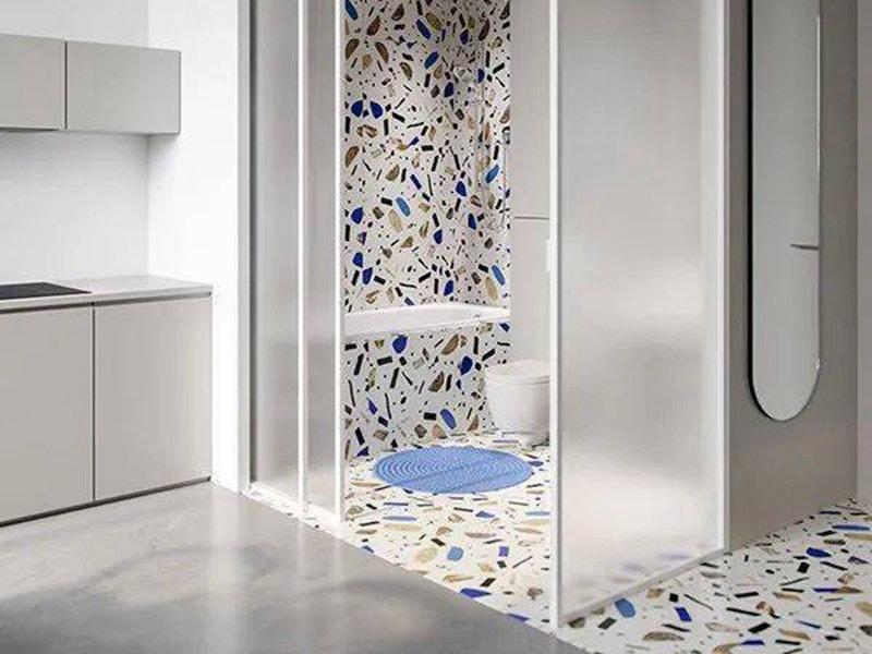polycarbonate givré pour mur de salle de bain