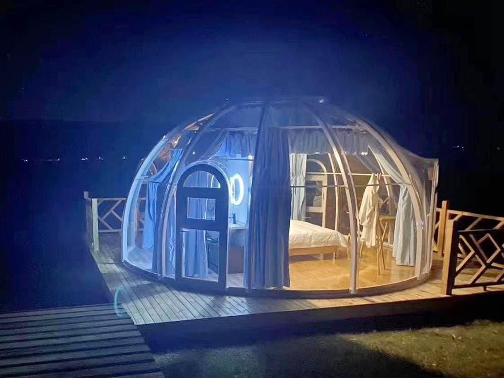 Hôtel tente bulle