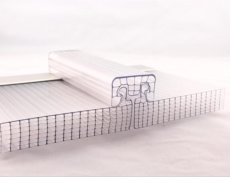 Plaque de toiture alvéolaire polycarbonate