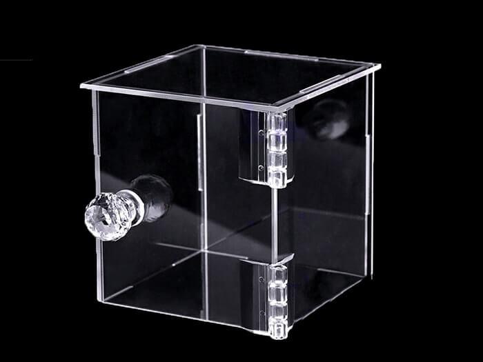 Boîtier Plexiglass sur mesure